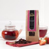 ringtons-fruit-infusion-strawberries-and-cream-125g-p346-3301_image