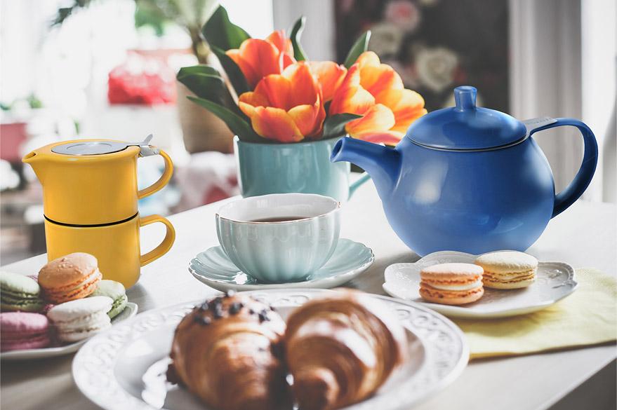 Why Use A Ceramic Teapot For Tea