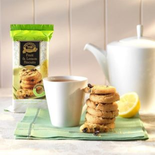 ringtons-fruit-lemon-biscuits-150g-p35-1352_image