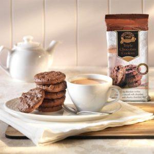 ringtons-triple-chocolate-cookies-200g-p39-1250_image